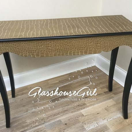 croc-console-table-back-glasshouse-girl