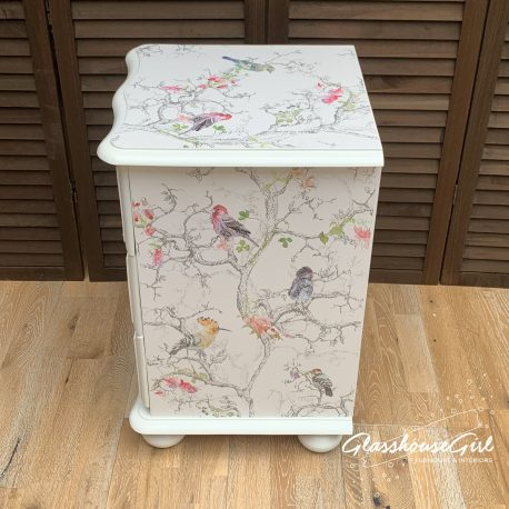 glasshouse-girl-birdie-off-white-perfect-finish-bedside-cabinet-6