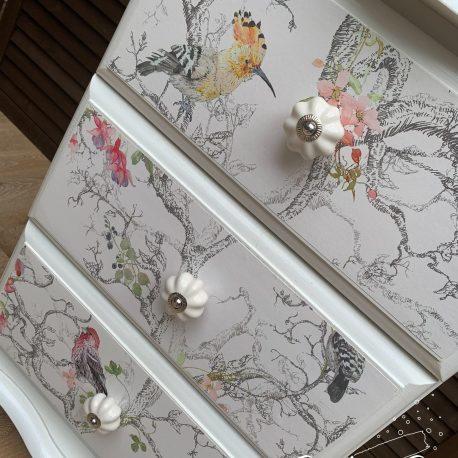 glasshouse-girl-birdie-off-white-perfect-finish-bedside-cabinet-7