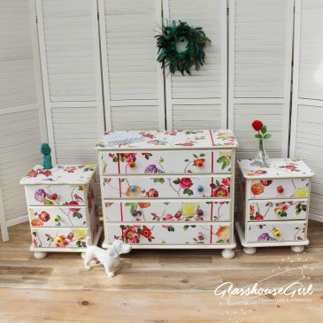 Colourful Birds & Roses Bedroom Set