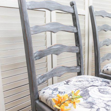 glasshouse-girl-grey-roses-farmhouse-chairs-4
