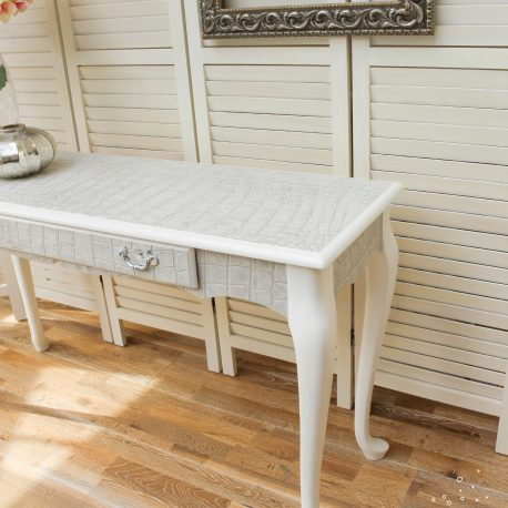 glasshouse-girl-grey-white-croc-console-table-4