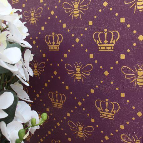 Queen Bee Side Table