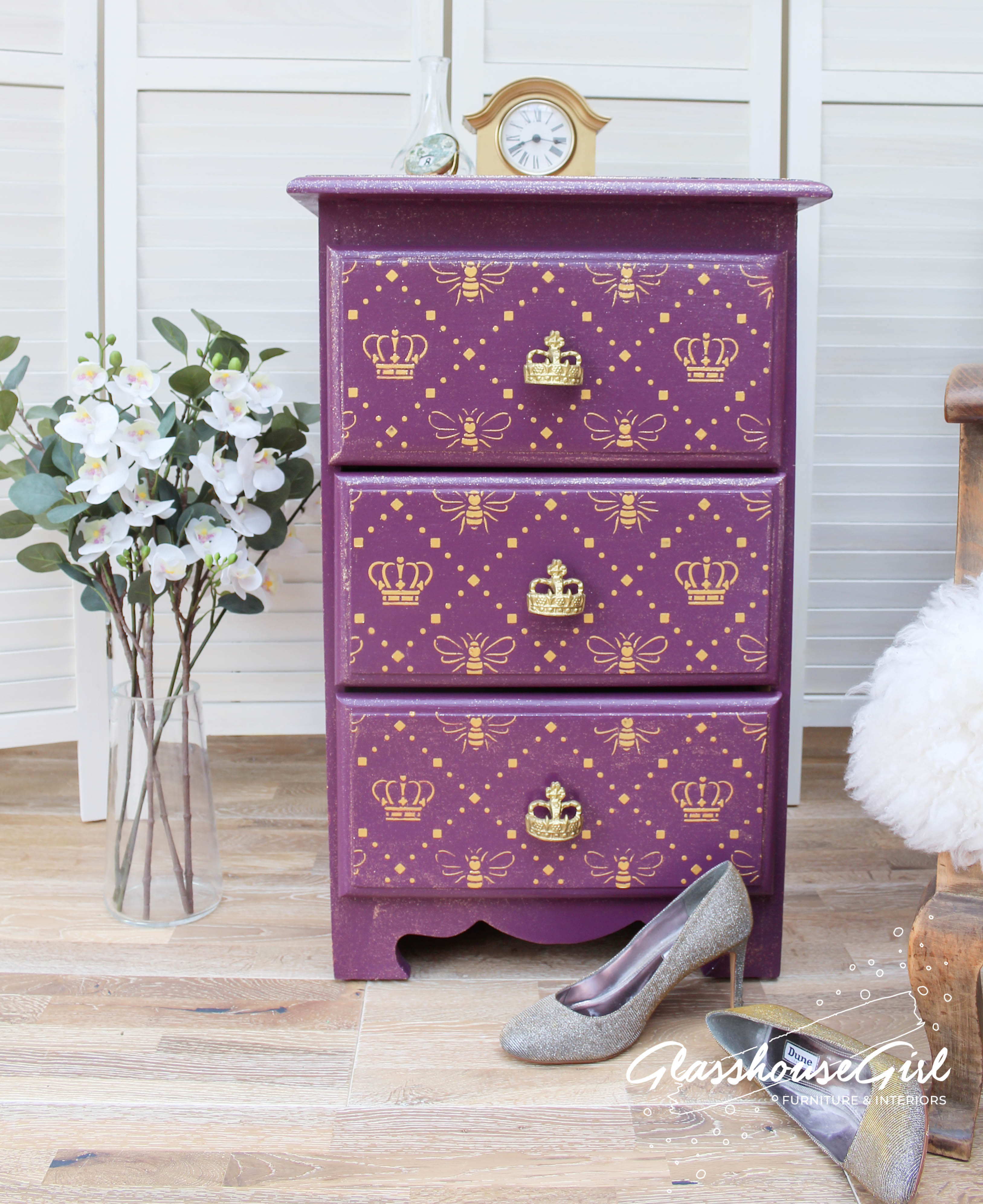 Queen Bee Side Table Three Drawer Chest
