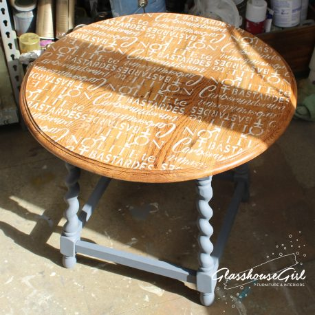 Glasshouse-Girl-Tutorial-Stencilled-Coffee-Table-28-1