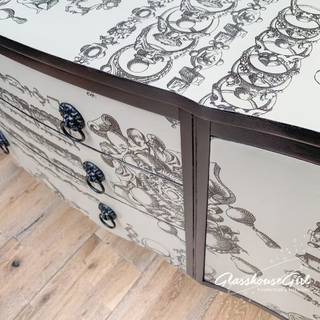 glasshouse-girl-lacroix-la-main-au-collet-upcycled-serpentine-bow-front-sideboard-10