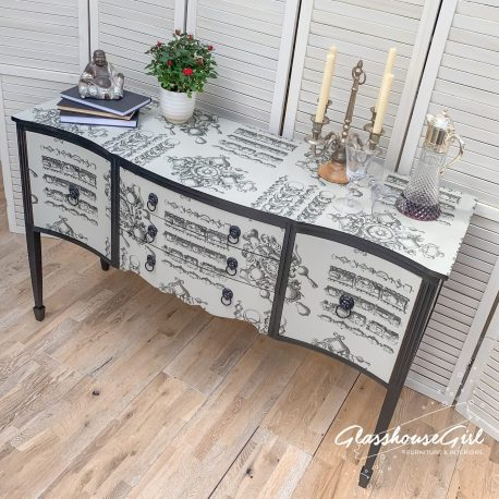 glasshouse-girl-lacroix-la-main-au-collet-upcycled-serpentine-bow-front-sideboard-11