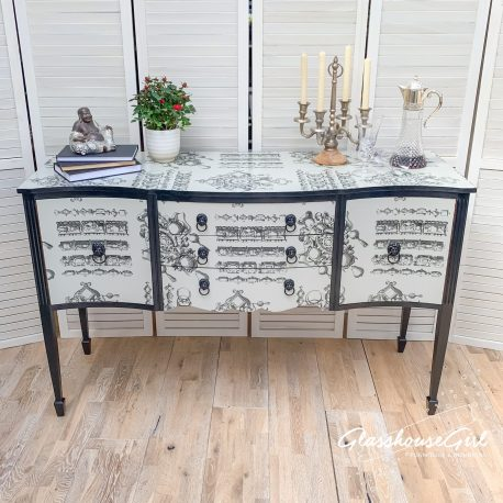 glasshouse-girl-lacroix-la-main-au-collet-upcycled-serpentine-bow-front-sideboard-4