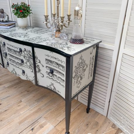 glasshouse-girl-lacroix-la-main-au-collet-upcycled-serpentine-bow-front-sideboard-6