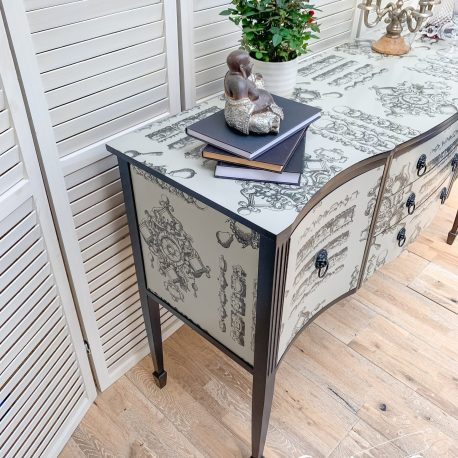 glasshouse-girl-lacroix-la-main-au-collet-upcycled-serpentine-bow-front-sideboard-7