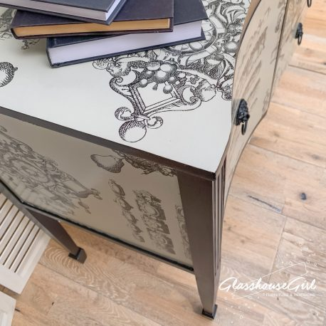 glasshouse-girl-lacroix-la-main-au-collet-upcycled-serpentine-bow-front-sideboard-9